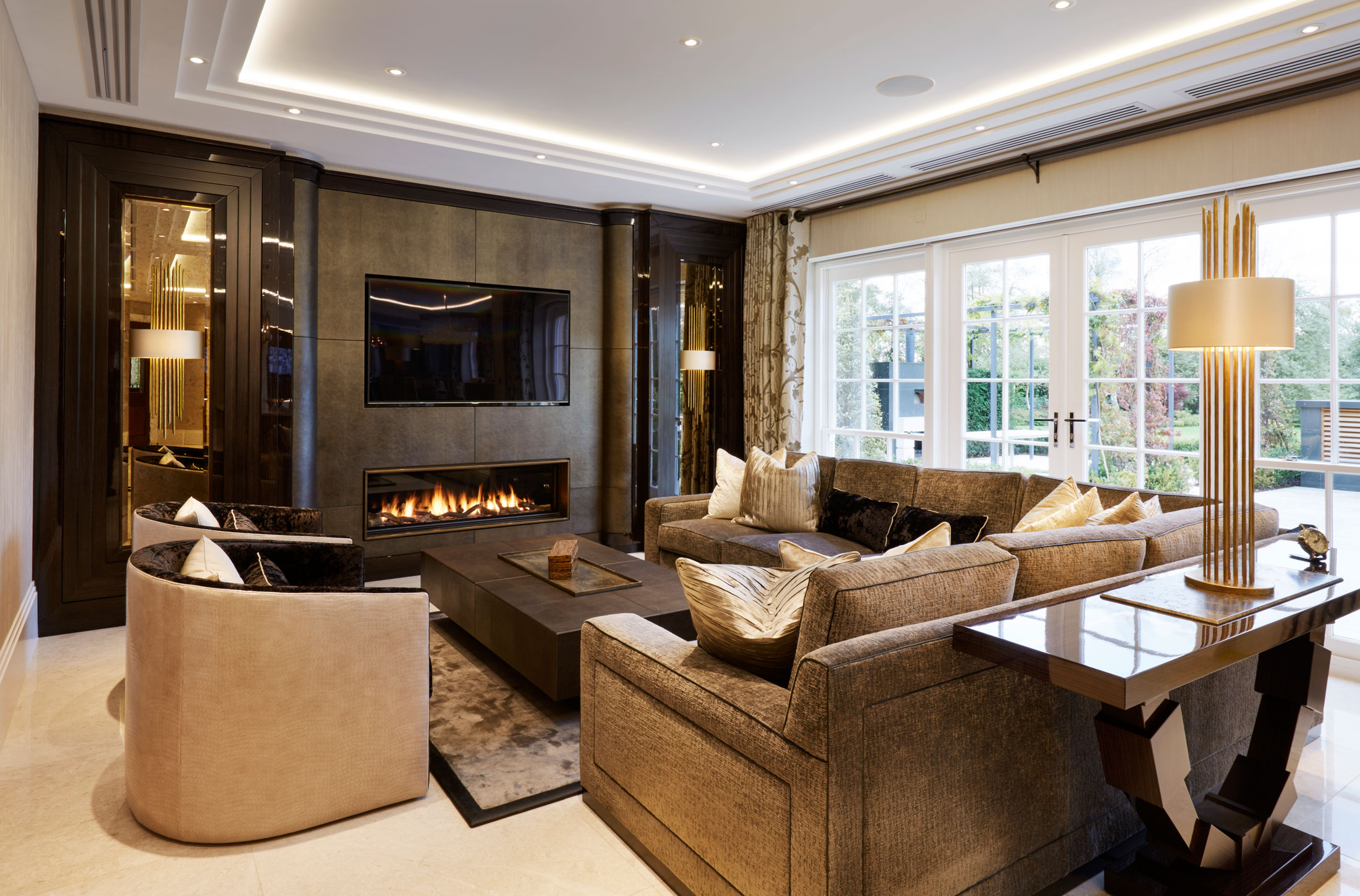 Interior Design Furniture: Luxury Interior Design & Furniture